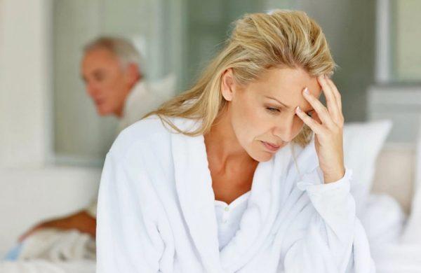Может ли при климаксе тошнить: причины появления симптомов и как с ними бороться   бывает ли при менопаузе головокружение