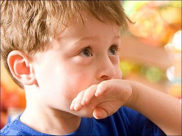Ребенок жалуется на тошноту